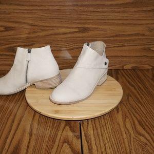 NEW EILEEN FISHER Billie suede booties shoes